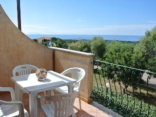 Studio with sea view and swimming pool - Badesi vacation rentals