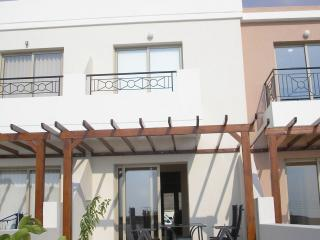 2 bedroom house with roof garden - Paphos District vacation rentals