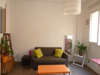 Sunny apartment in the center of Barcelona - Barcelona vacation rentals