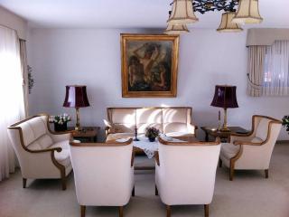 LLAG Luxury Vacation Apartment in Garmisch-Partenkirchen - 2691 sqft, warm, comfortable, relaxing (#… - Garmisch-Partenkirchen vacation rentals