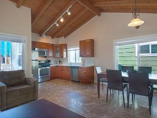 106 B 28th Street - Upper 2 Bedroom 1 Bath - Newport Beach vacation rentals
