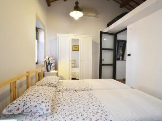 Cozy 2 bedroom Rovinj House with A/C - Rovinj vacation rentals