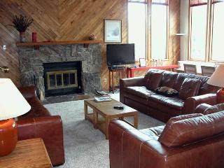 BC West 4-Bedroom Townhouse w/ Private Sauna - Avon vacation rentals