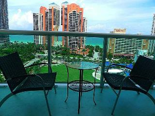 Luxury Apartment One Step Away From The Beach-ocea - Sunny Isles Beach vacation rentals