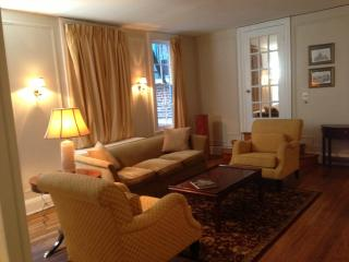 Nice Apartment with Internet Access and Dishwasher - Baltimore vacation rentals