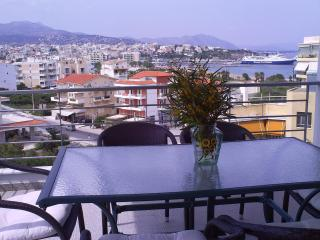 Wonderful Condo with Deck and Internet Access - Rafina vacation rentals