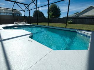 3BR Luxury Villa in Kissimmee - Pool - GREAT VALUE - Kissimmee vacation rentals