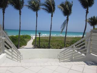2 Bdrm JR located in the Heart of Miami Beach* - Miami Beach vacation rentals