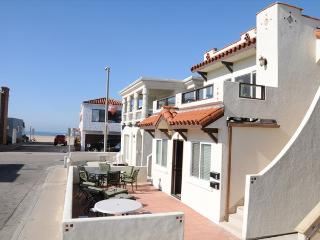 111 A 35th Street- Lower 3 Bedroom 2 Bath - Newport Beach vacation rentals