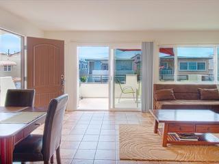 111 B 35th Street- Upper 4 Bedroom 2 Bath - Newport Beach vacation rentals