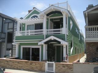 120 A 24th Street- Lower 3 Bedroom 2 Bath - Newport Beach vacation rentals