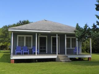 CR09: Lighthouse Neighbor - Ocracoke vacation rentals