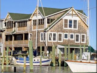 D101: Down Creek Condo Unit D101 - Harbor View - Ocracoke vacation rentals