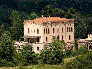 Villa Verdana - Guardistallo vacation rentals