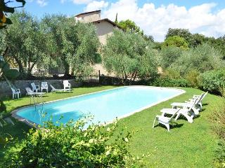 Farmhouse Apartment Ederina - Lastra a Signa vacation rentals