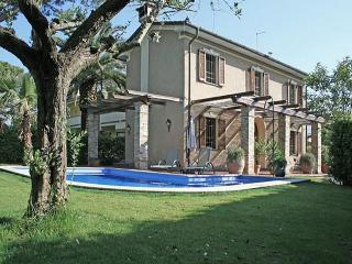 Villa Robina - Forte Dei Marmi vacation rentals