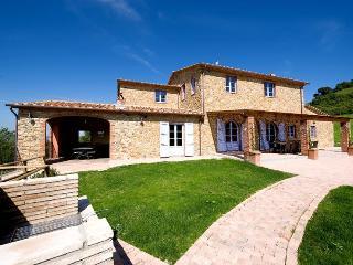 Villa Cadenzia - Guardistallo vacation rentals
