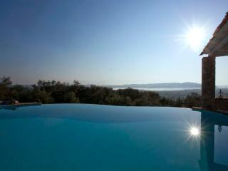 Luxuy Villa Piedra Corfu, Greece - Corfu vacation rentals