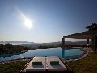 Luxuy Villa Piedra Corfu, Greece - Corfu Town vacation rentals