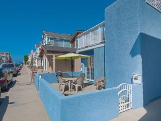 125 A 27th Street- Lower 1 Bedroom 1 Bath - Newport Beach vacation rentals