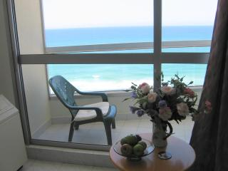 1 bedroom Apartment with Deck in Bat Yam - Bat Yam vacation rentals