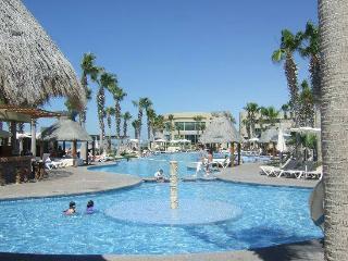 Labor Day Weekend Special at the Mayan Palace - Colonia Luces en el Mar vacation rentals