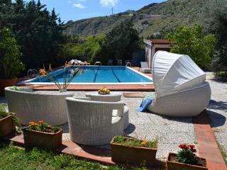 VILLA PANORMUS: Secluded villa in Mondello with p - Palermo vacation rentals