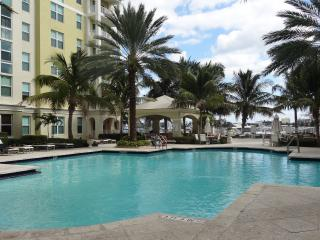 Luxurious Condo at The Moorings in Lantana, FL - Lantana vacation rentals