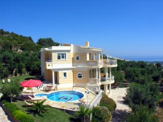5 Bedroom Villa in Rethymno - Rethymnon vacation rentals