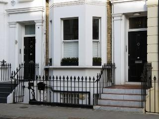 The Chelsea Apartment - London vacation rentals