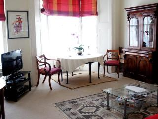 The Romance Apartment - London vacation rentals