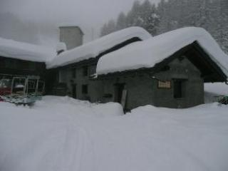 A GOOD SNOWFALL - A Mt. 2200 Appartamenti In Baita A Circondata Da Piste - Pila - rentals
