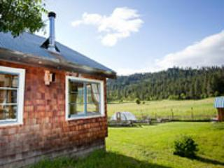 Farmhouse Studio at  Willow Witt Ranch - Ashland vacation rentals