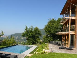 Cote D'Azur Riviera Amazing 4 Bedroom Villa - Chateauneuf de Grasse vacation rentals