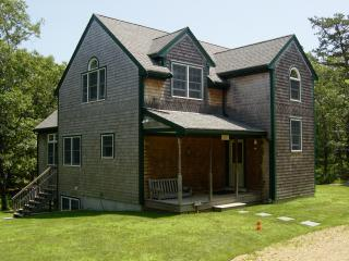 Gorgeous 4 bedroom House in Oak Bluffs - Oak Bluffs vacation rentals