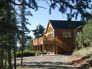 Great Mountain Views, Clean, Many Extras! - South Central Colorado vacation rentals