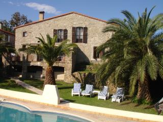 Stunning Farmhouse nr Argeles Sur Mer & Collioure - Pyrenees-Orientales vacation rentals