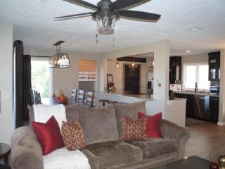Beautiful Remodeled 4 Bedroom Condo, Sleeps 14 - Saint George vacation rentals