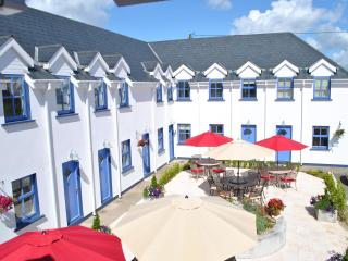 Beautiful 1 Bedroom Apartment, Great Location - Kilmore Quay vacation rentals