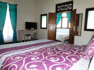 Umadasa B&B in Seminyak: Family Room - Seminyak vacation rentals