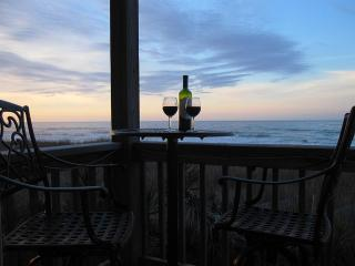 OIB Dream! Your dream vacation right on the ocean. - Ocean Isle Beach vacation rentals