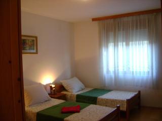 APARTMENT SANJA 3 bedroom/7 beds  beautiful view - Mostar vacation rentals