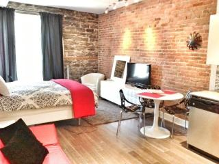 Le Village - Luxury Loft Studio - Montreal vacation rentals