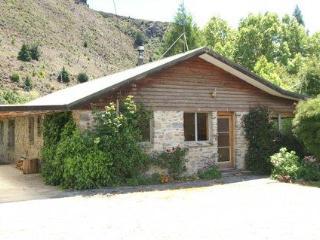Lovely 3 bedroom House in Lake Hawea - Lake Hawea vacation rentals