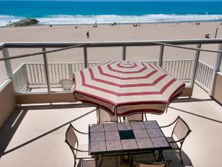 5207 B Seashore Drive- Upper 3 Bedrooms 2 Baths - Newport Beach vacation rentals