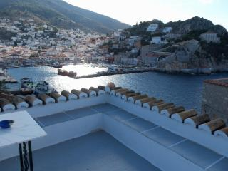 Theodora's amazing view house - Hydra vacation rentals