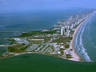 4 Bedroom Beach Condo, Beautiful Acapulco, SPI - South Padre Island vacation rentals