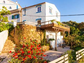 Charming 2 bedroom House in Odemira with Deck - Odemira vacation rentals