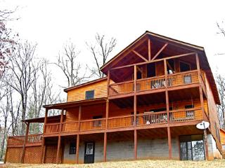 Bear Rock Lodge 3 Bed/ 2 Bath - Blue Ridge vacation rentals