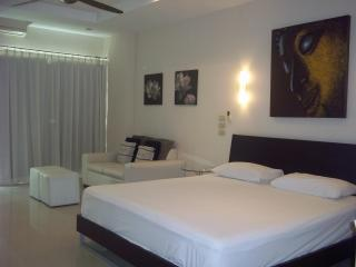 Jomtien Beach View Talay 5 Condo Sea View Studio# 08 - Pattaya vacation rentals